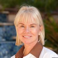 Dra Lori Arnold