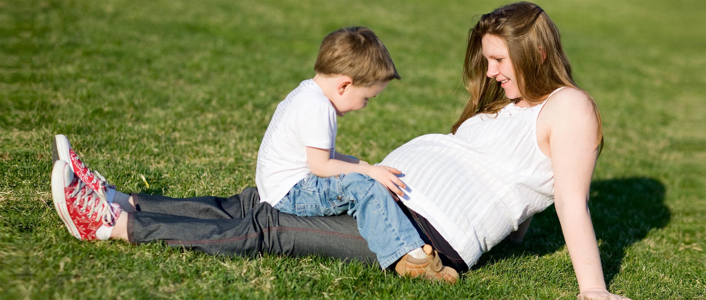 Gestatrices en bonne santé, jeunes et mères de famille