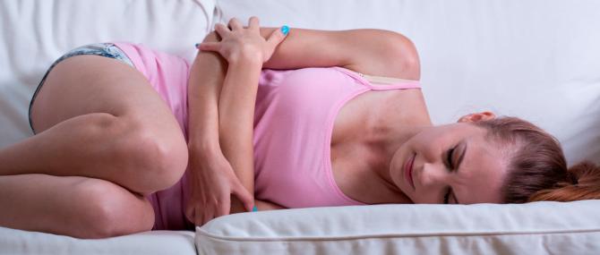 Imagen: douleur a cause de l'endométriose